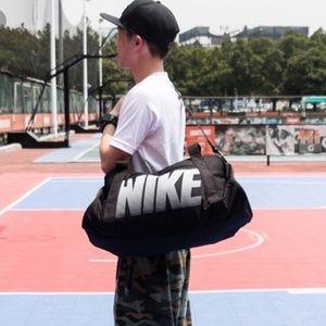 NWT Nike Gym Club Bag 1831 Black Unisex AUTHENIC